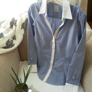 Brooks BROTHERS FITTED STRETCH Button DOWN Shirt
